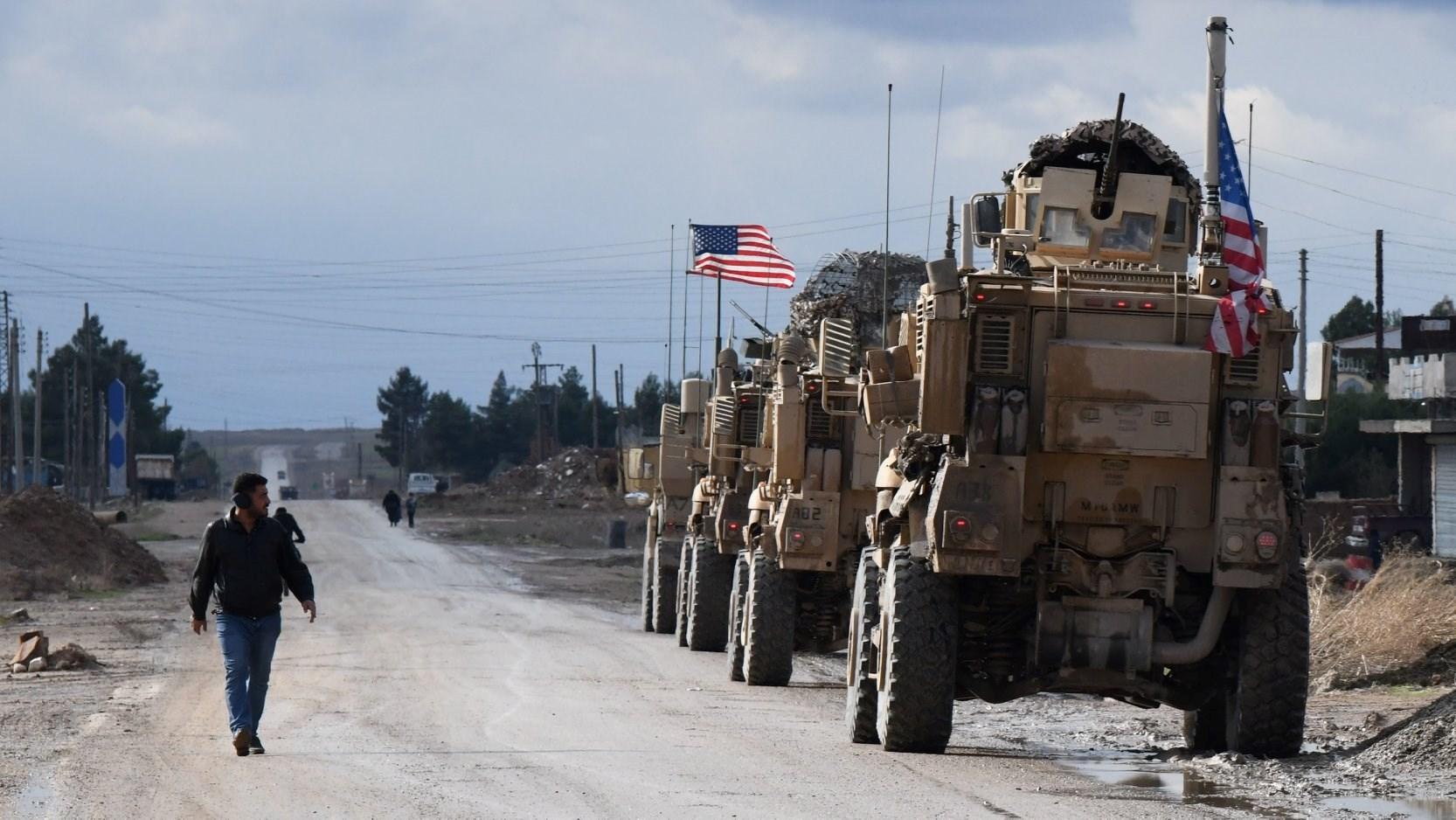 القوات الأميركية تواصل التضييق على المواطنين بريف دير الزور