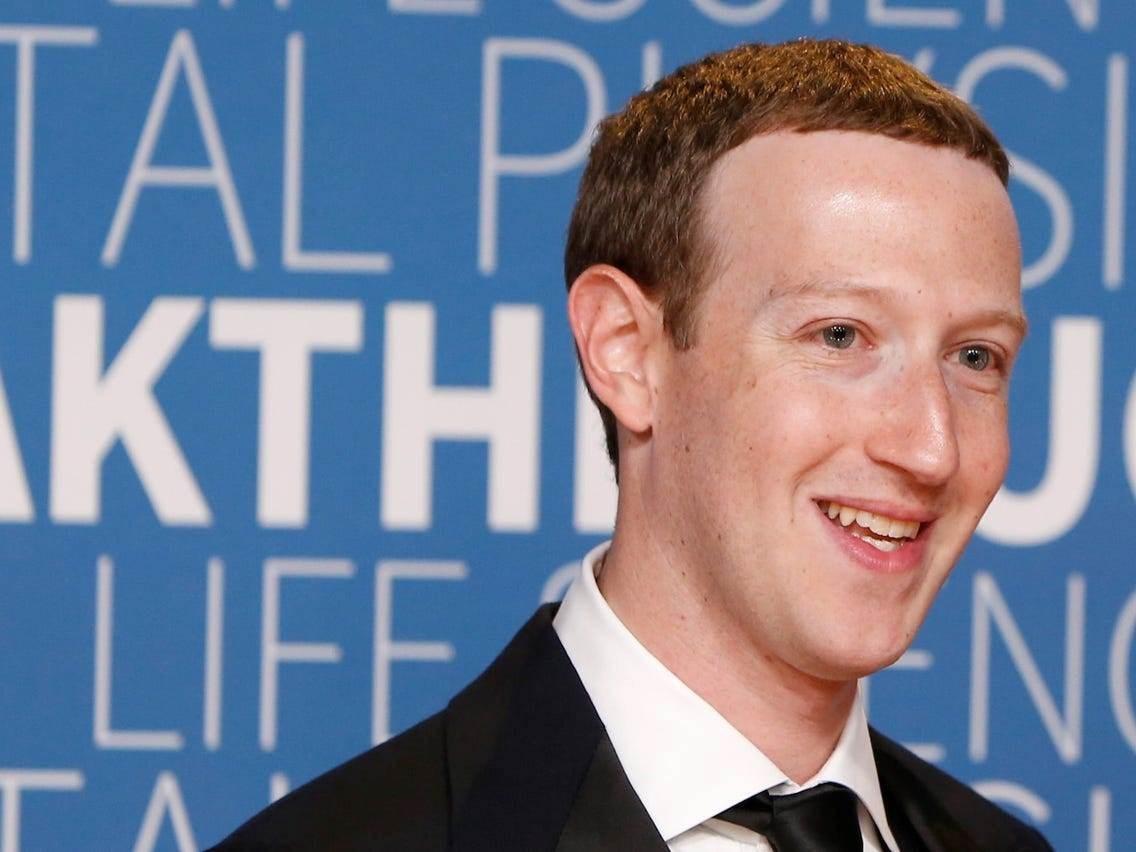 """""""فيسبوك"""" تعلن أن نصف موظفيها سيتمكنون من العمل عن بعد"""