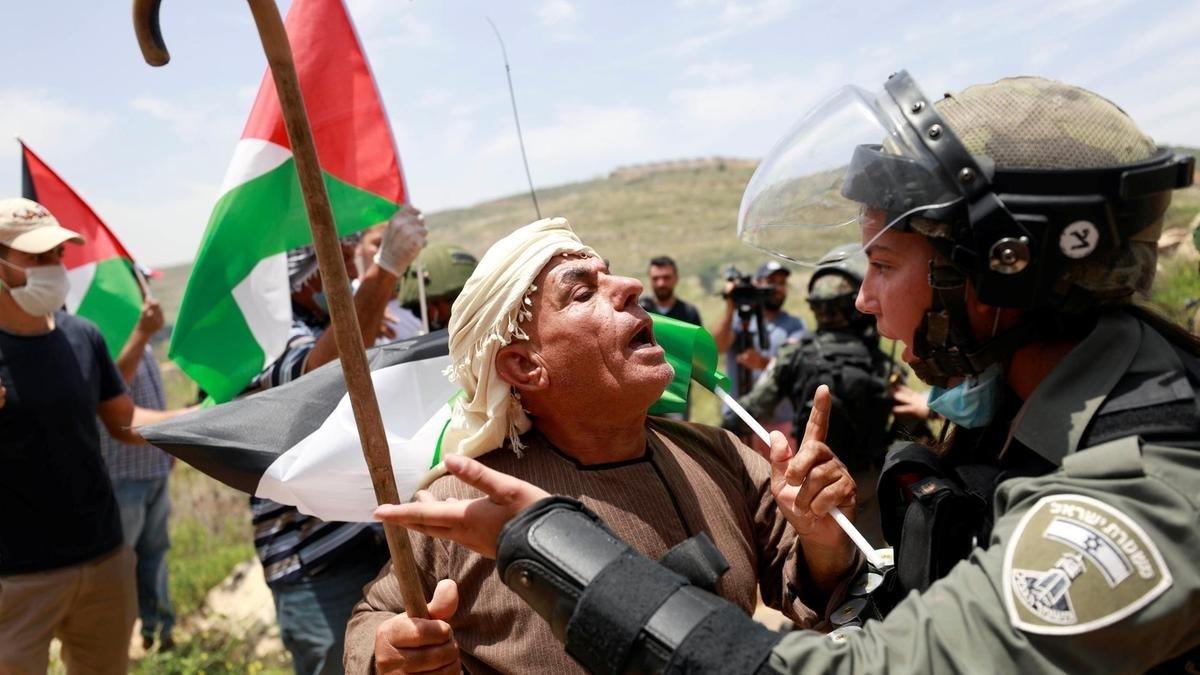 ناشطون يحيون يوم القدس عبر وسائل التواصل