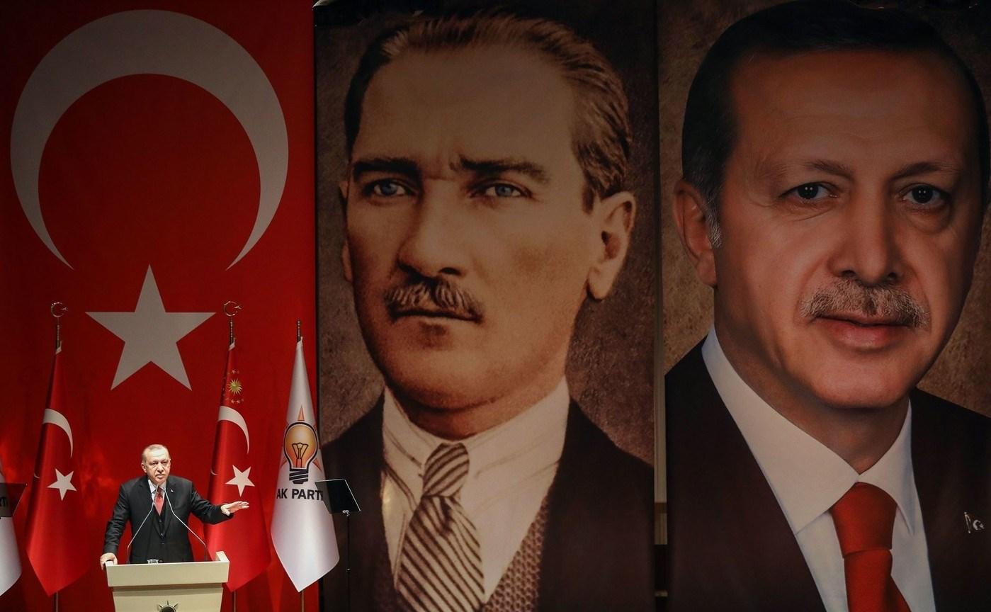 بين العلمانيَّة وإسلام إردوغان.. صراع لا ولن ينتهي
