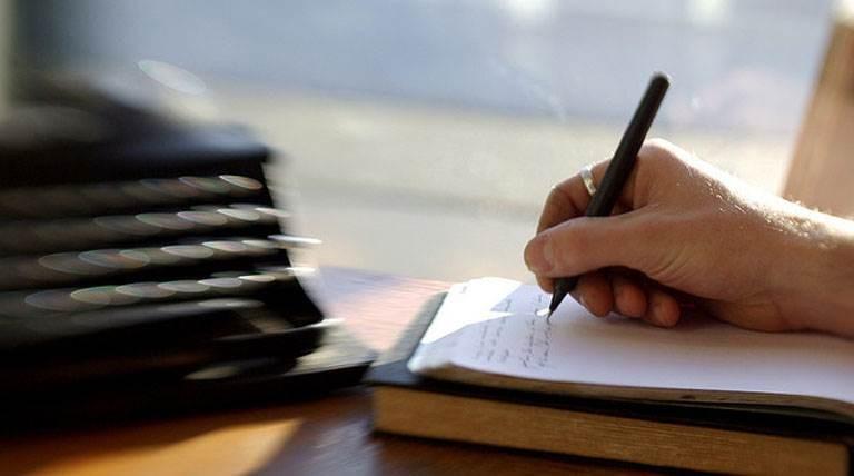 ورشة للكتابة الروائية.. افتراضياً