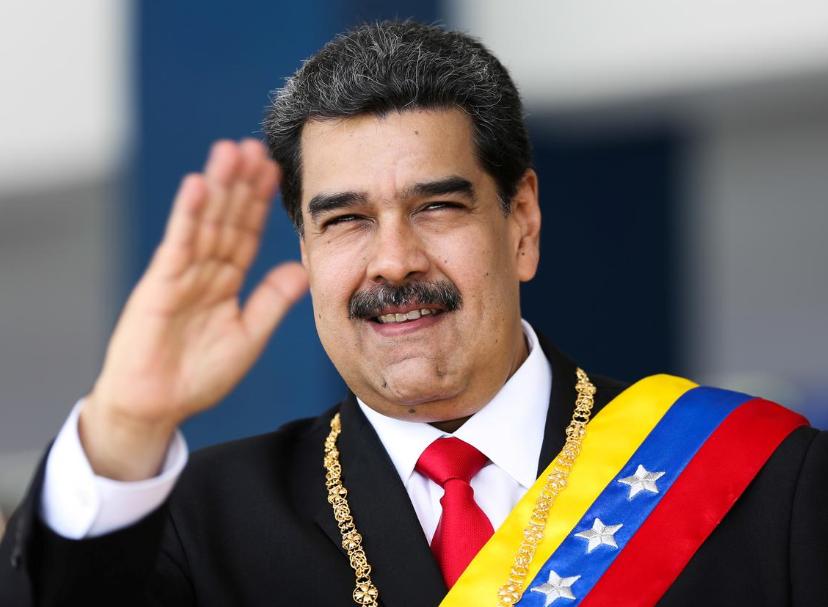 """""""لدينا أصدقاء شجعان"""".. مادورو: وصول أوّل ناقلة نفط إيرانية انتصار"""