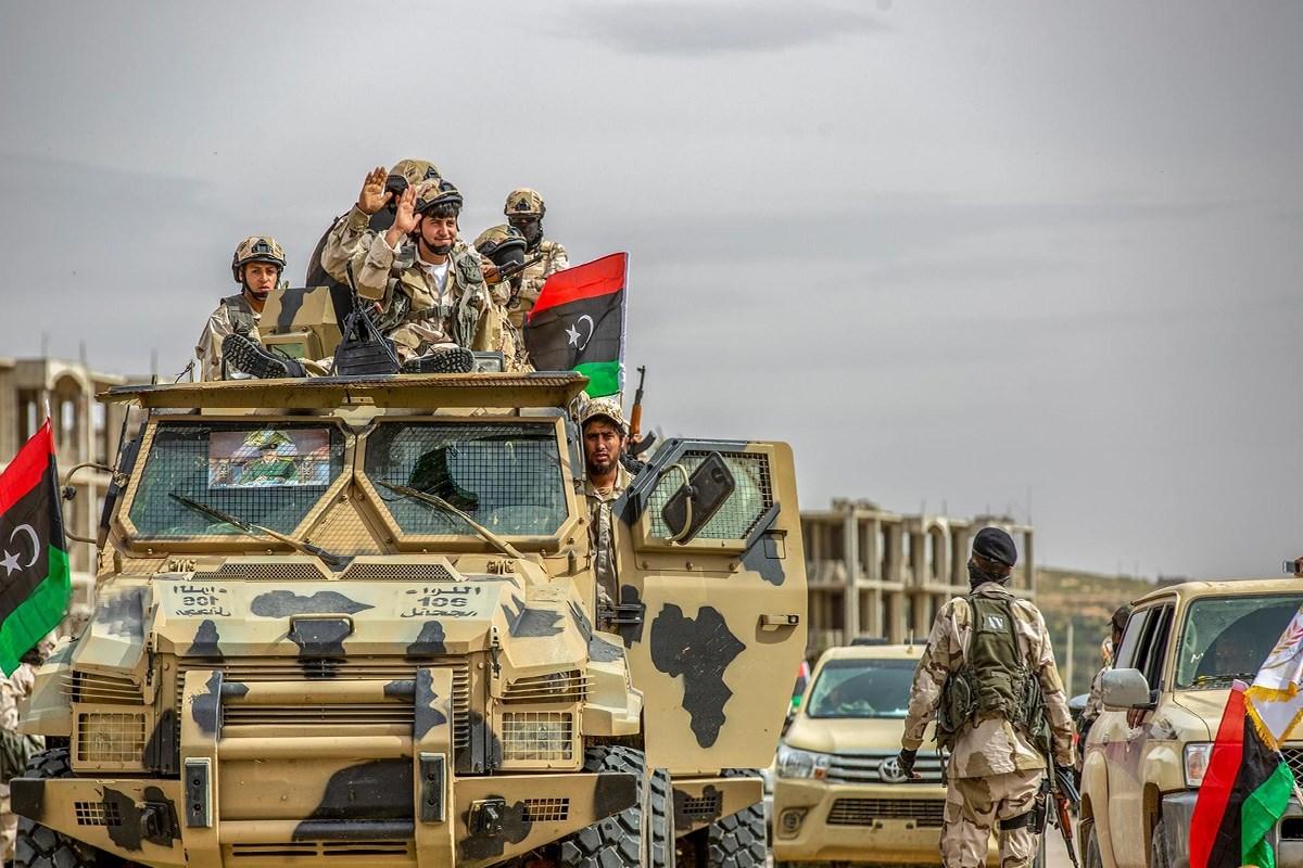 قوات حفتر تستعد لشن هجوم واسع على مدينة مصراتة