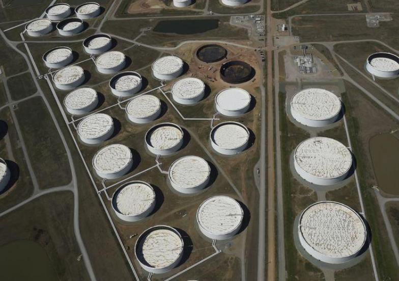 الهند تتطلع إلى تخزين النفط الرخيص في الولايات المتحدة الأميركية