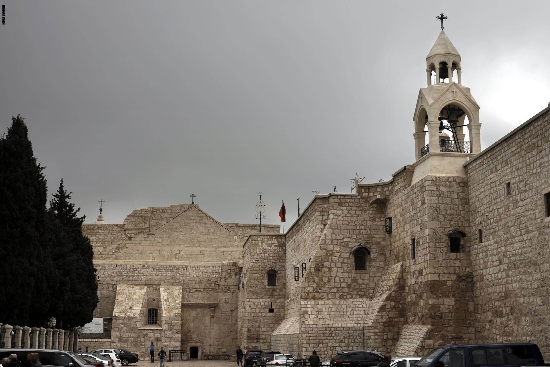 كنيسة المهد تفتح أبوابها من جديد بعد شهرين من الإغلاق
