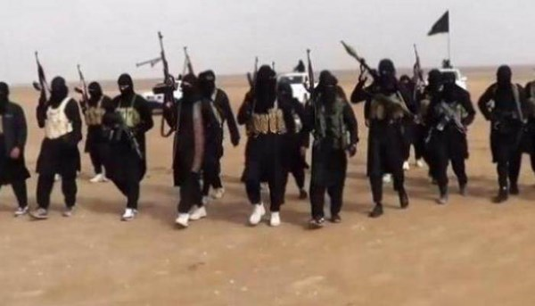 الميادين     مصدر أمني للميادين: مقتل مسؤول عسكري في  داعش  بدير الزور