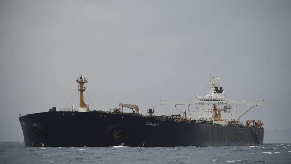 ناقلة النفط الإيرانية الرابعة تدخل المياه الإقليمية الفنزويلية