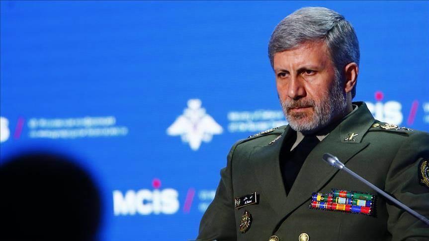 حاتمي: سنستمر في تصنيع أحدث الأجهزة العسكرية