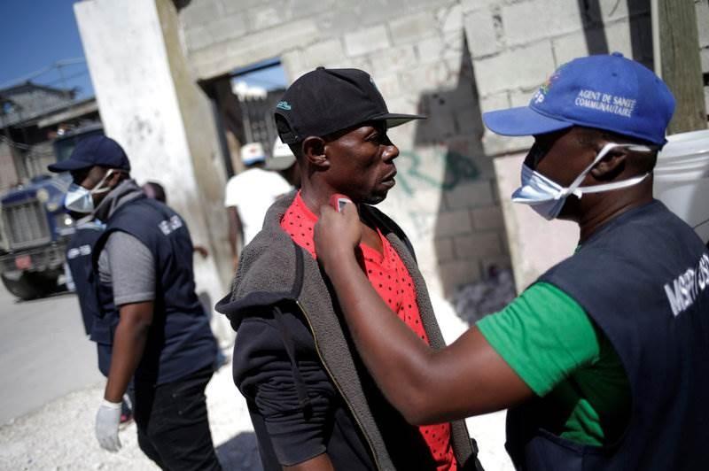 الخيار الصعب في هايتي بين الموت جوعاً أو بفيروس كورونا
