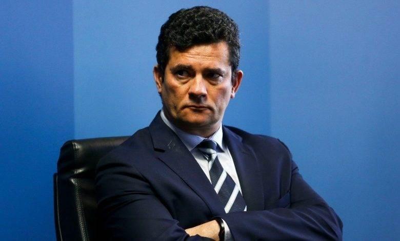 تحقيق مع وزير العدل البرازيلي بشأن اتهامات موجهة إلى بولسوناروا