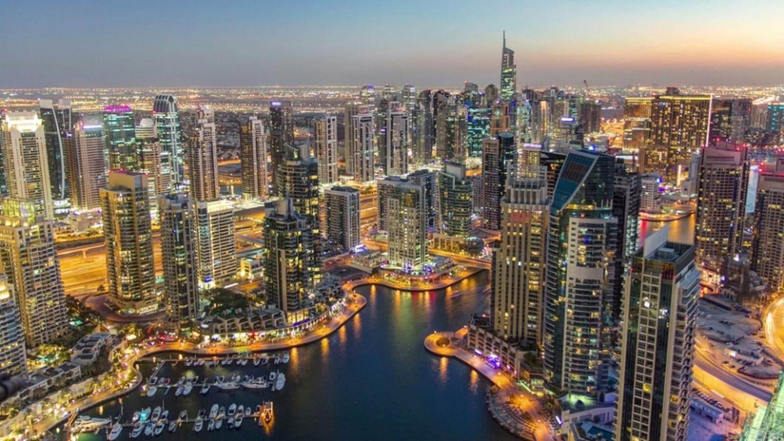 فيروس كورونا يتسبب بأضرار جسيمة للاقتصاد الإماراتي