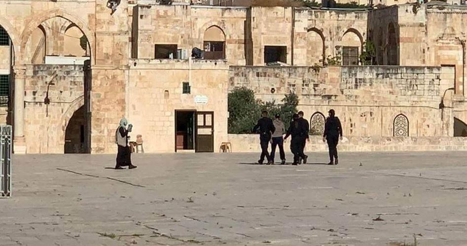 قوات الاحتلال تهدم منازل في الطيرة وتعتقل فلسطينيين في القدس المحتلة