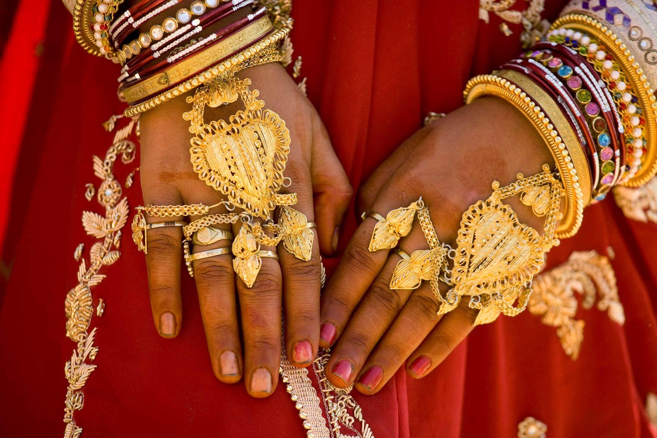 واردات الهند من الذهب تهوي في أبريل إلى أدنى مستوى