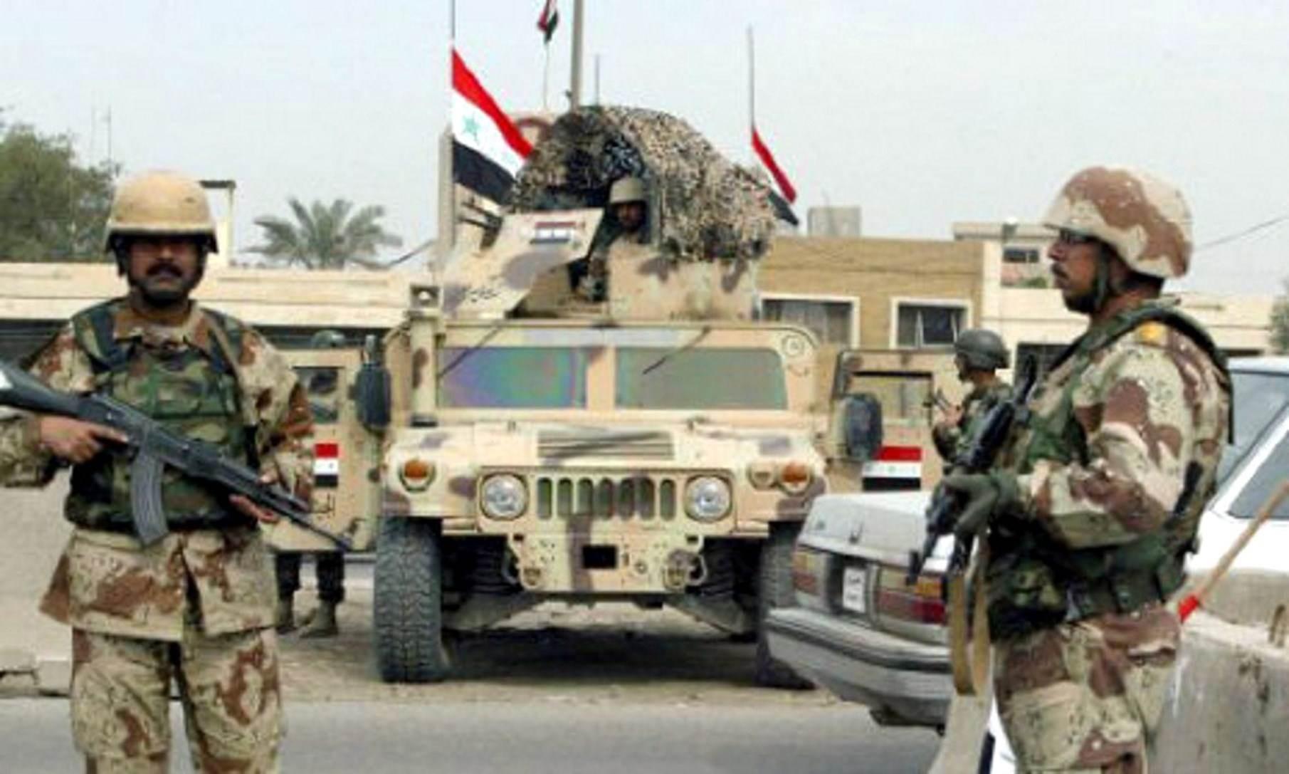 """مقتل 5 عناصر من داعش بينهم قائد عسكري بعملية """"أسود الصحراء"""" غرب الأنبار"""