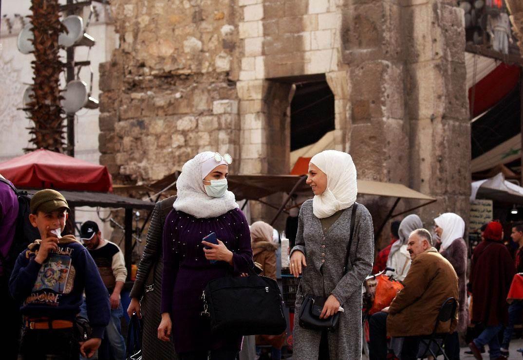 """بعد انتهاء """"كورونا"""".. هل يخسر السوريون بعض تقاليدهم؟"""