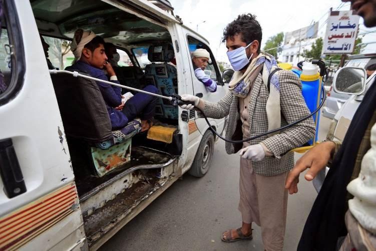 حكومة صنعاء تحذر من تسجيل إصابات جديدة بكورونا وترفع من التدابير