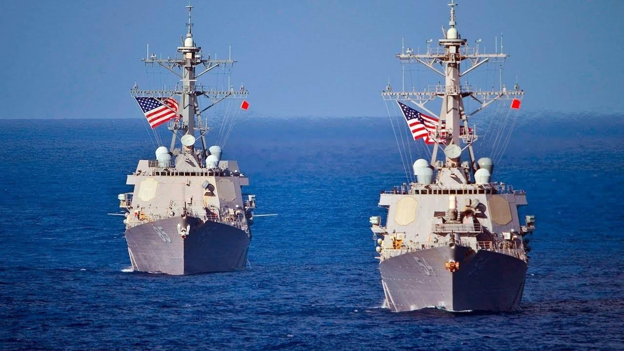 سفن حربية أميركية قرب المياه الإقليمية الروسية