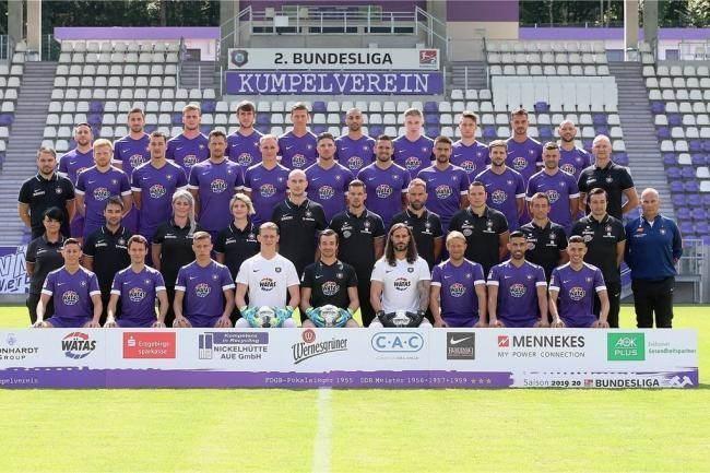 الدوري الألماني: فريق بكامله قيد الحجر الصحي!