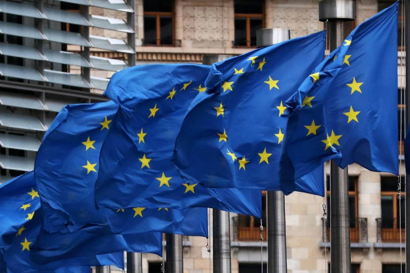 بعد ضغوط.. المفوضية الأوروبية تستبعد السعودية من قائمتها السوداء
