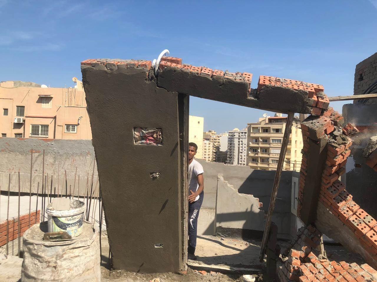 جزائريون يستغلون فترة الحجر الصحي لتشييد منازل ومحلات بطريقة غير نظامية