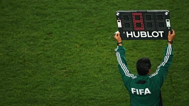 قانون جديد: 5 تغييرات خلال مباريات كرة القدم!