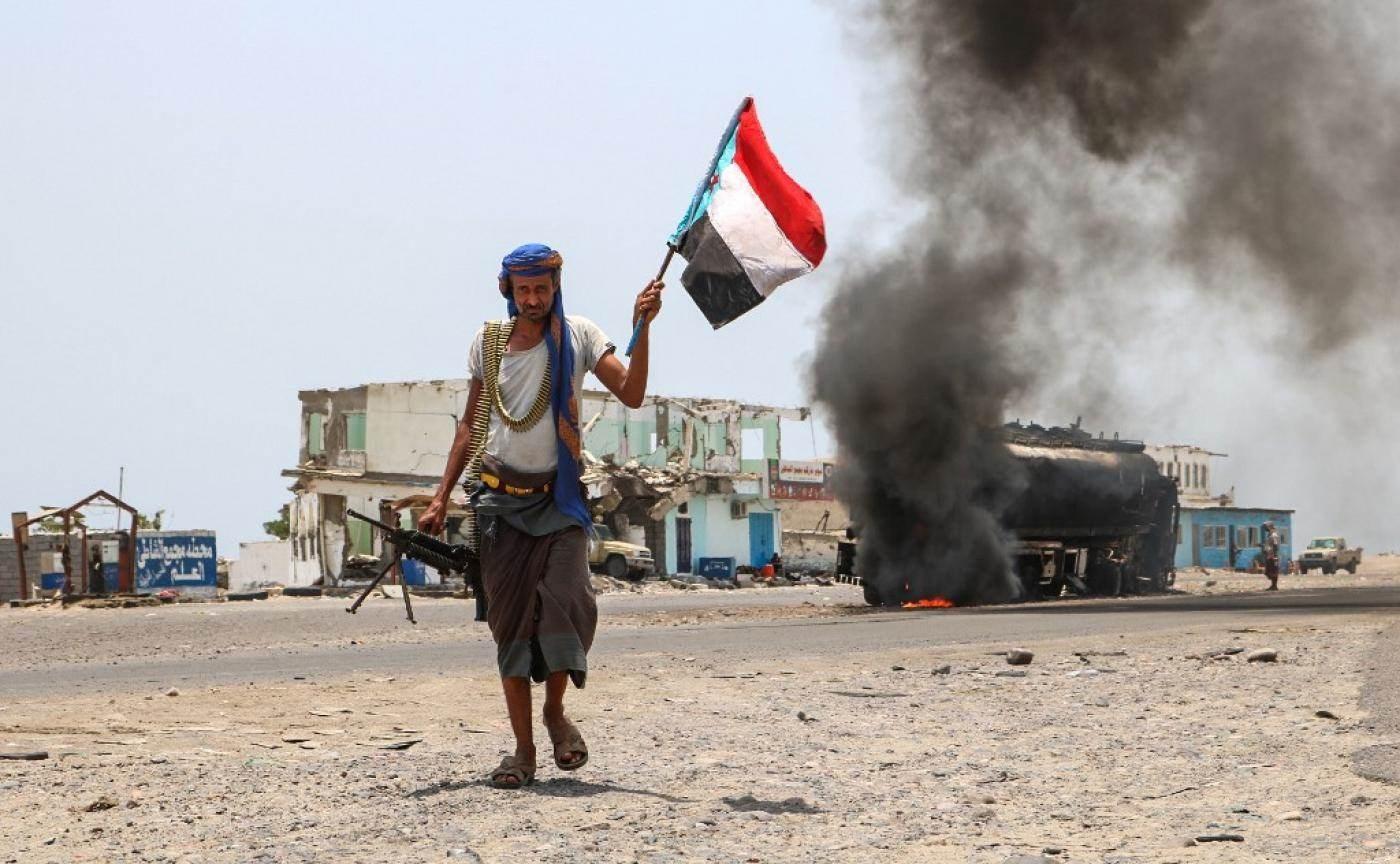 غارات على مناطق متفرقة في اليمن.. وعدد من الشهداء بينهم أطفال