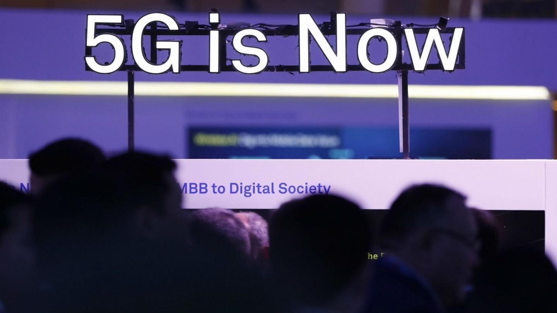 خلاف في الإدارة الأميركية: نعتمد شبكة الجيل الخامس أم لا؟