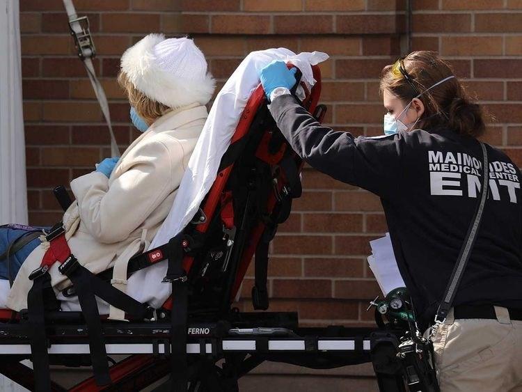 أكثر من ألفي وفاة بكورونا في الولايات المتّحدة خلال 24 ساعة