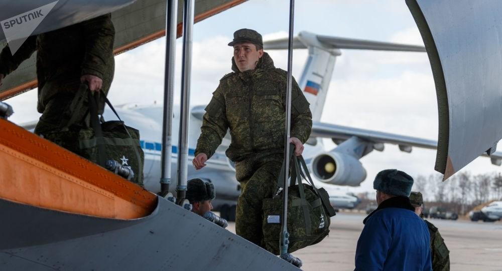 روسيا تسحب خبراءها من إيطاليا.. وروما تثني على جهودهم