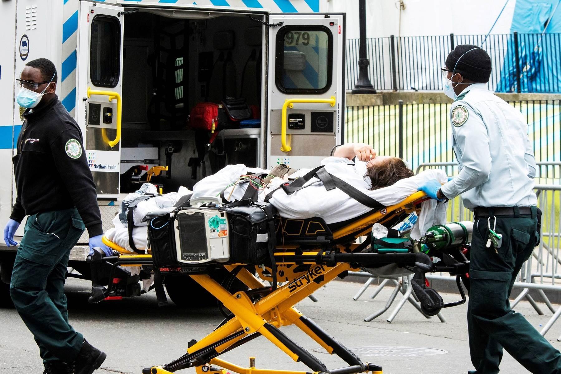 لليوم الثالث على التوالي.. ارتفاع حصيلة وفيات كورونا في أميركا