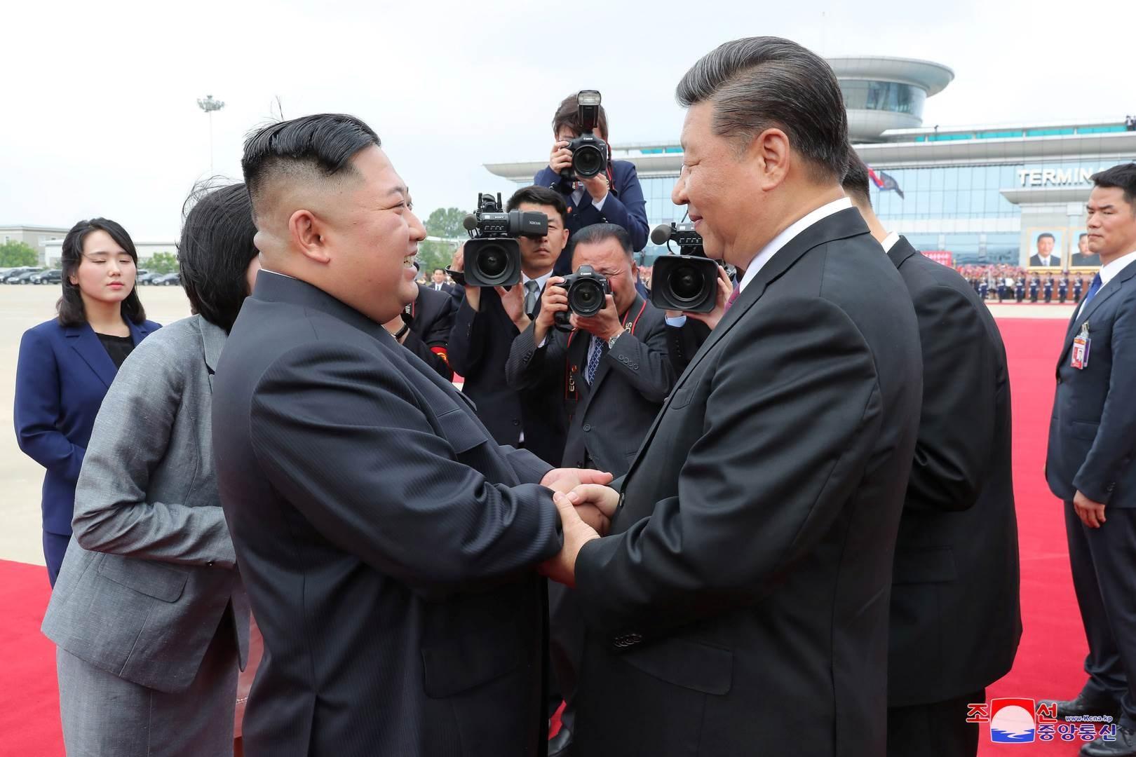 """كوريا الشمالية تصف التدريبات العسكرية في جارتها الجنوبية بـ""""المستفزة"""""""
