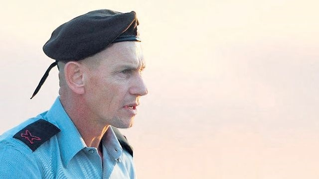 مدير الكلية الحربية الإسرائيلية يقدم استقالته.. والسبب حادثة في لبنان!