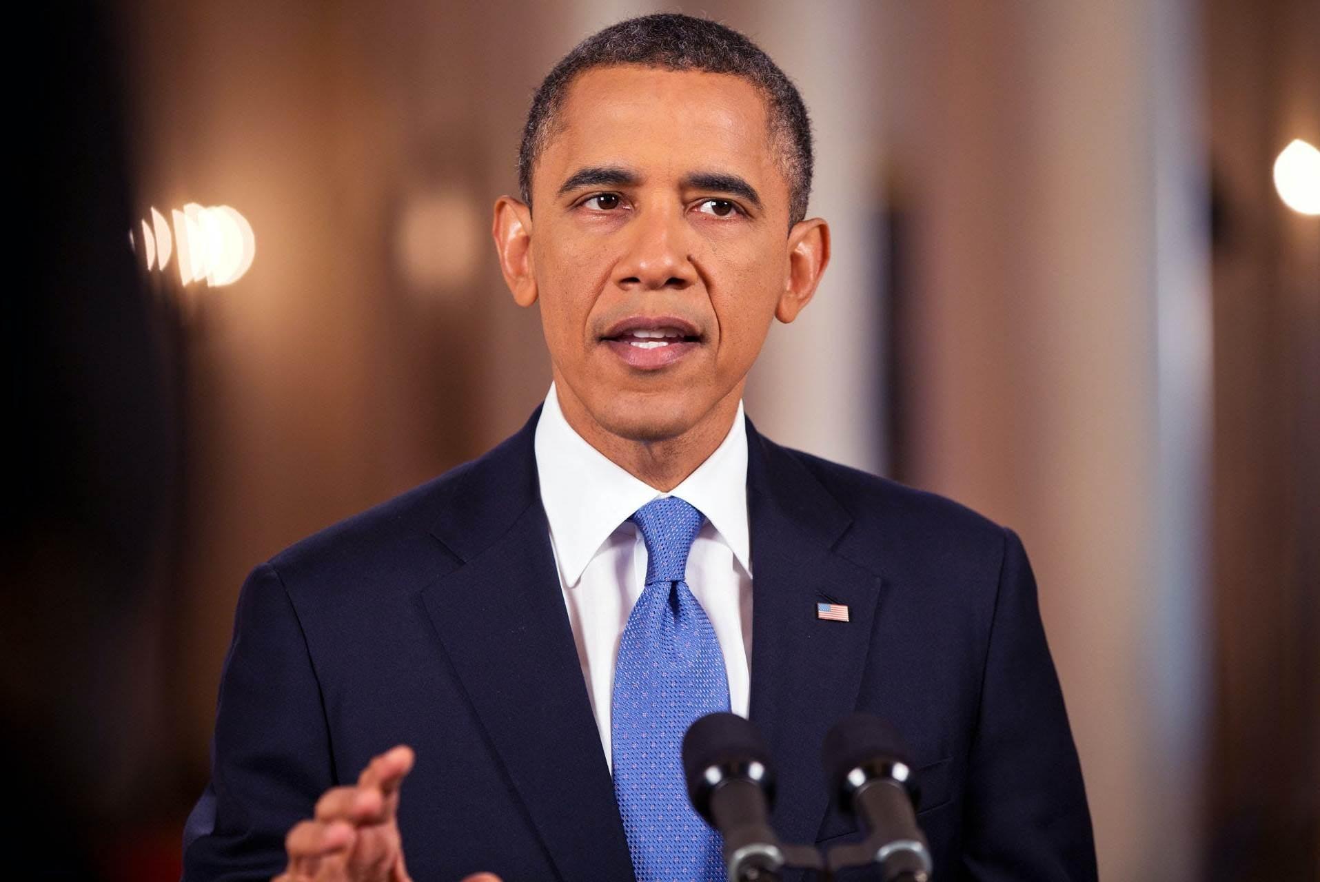 """أوباما: إدارة ترامب لوباء كورونا """"كارثة فوضوية"""""""