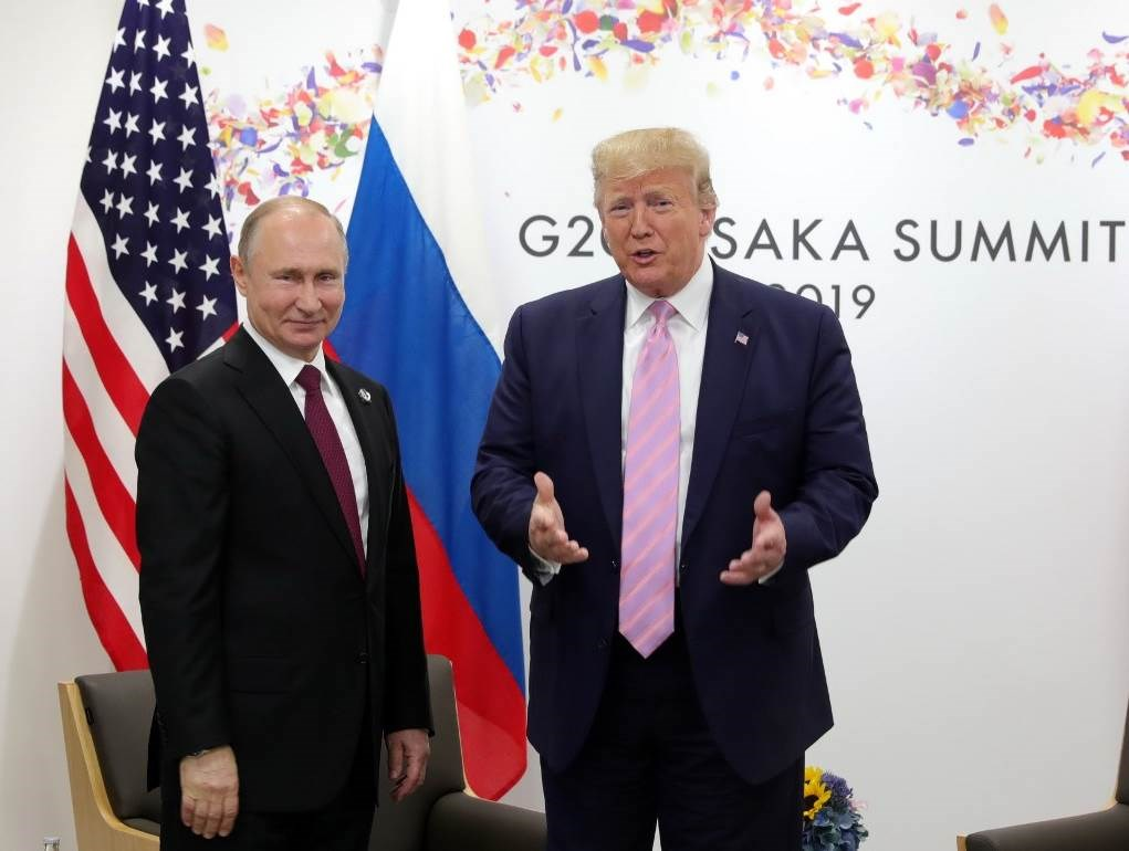 """بوتين وترامب يبحثان مكافحة كورونا وقمة """"G7"""""""