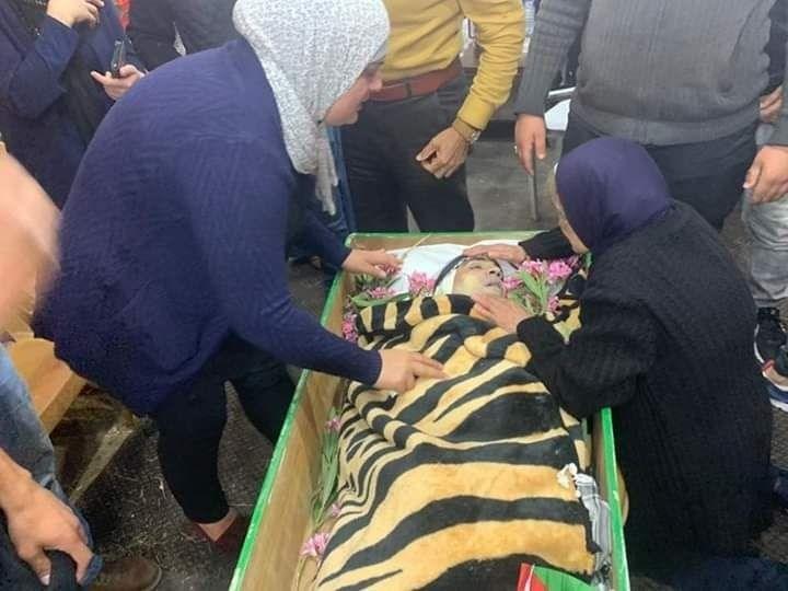 جماهير غفيرة تشيّع جثمان الشهيد إياد الحلاق في القدس المحتلة