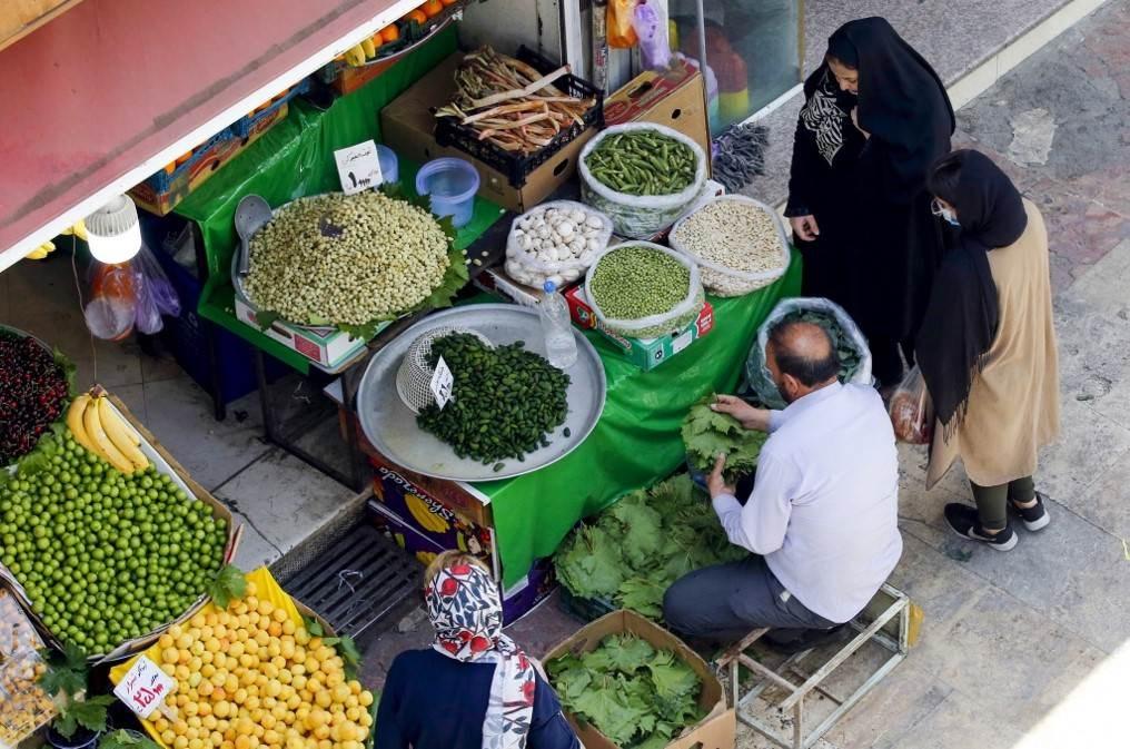 إيران: الاقتصاد يسجل نمواً من دون احتساب إيرادات النفط