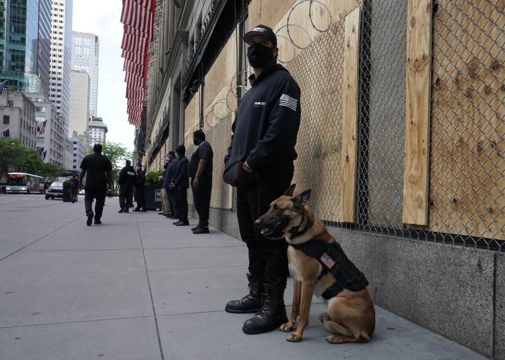 هِبات البنتاغون من الأسلحة تسهم في عسكرة الشرطة الأميركية