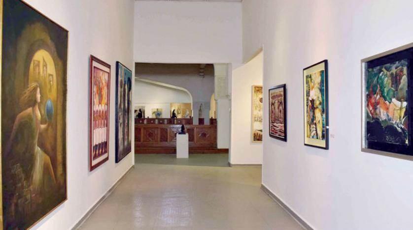 """""""دعوة للرومانسية"""" في المعرض التشكيلي العام بمصر"""