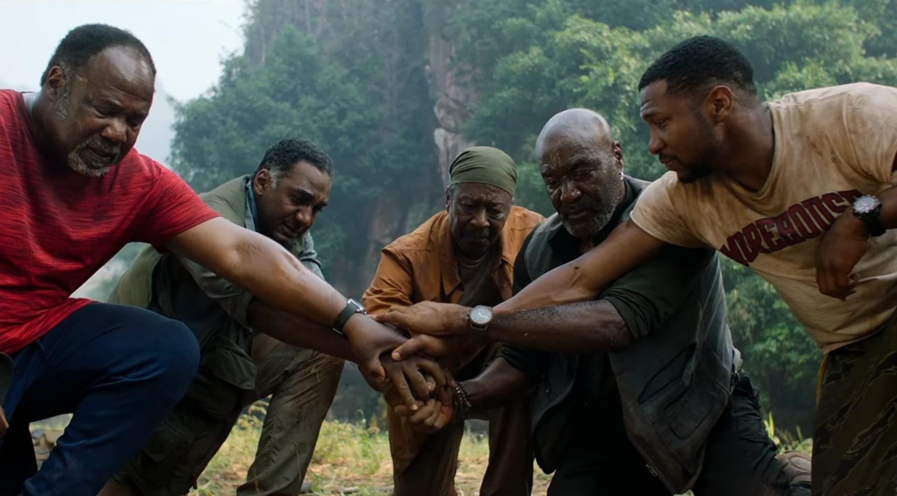 """فيلم """"إخوة الدم الخمسة"""" يسترجع الإساءات للأميركيين الأفارقة"""