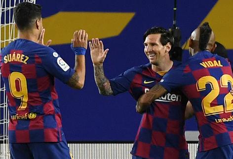"""برشلونة يفوز في """"كامب نو"""" وميسي يسجّل مجدّداً"""
