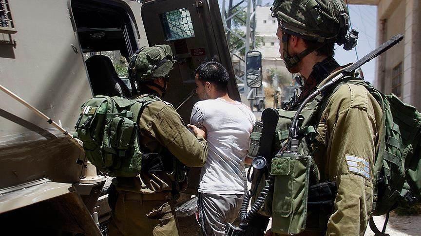 """""""نادي الأسير"""": قوات الاحتلال تعتقل 11 مواطناً من الضفة"""