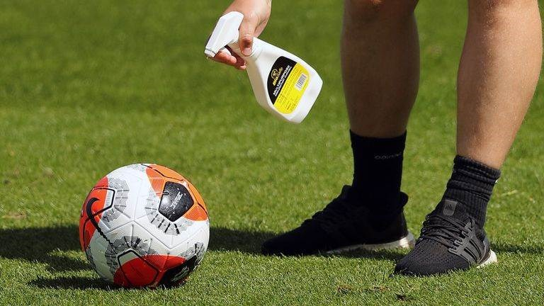 الدوري الإنكليزي: إصابة جديدة بكورونا