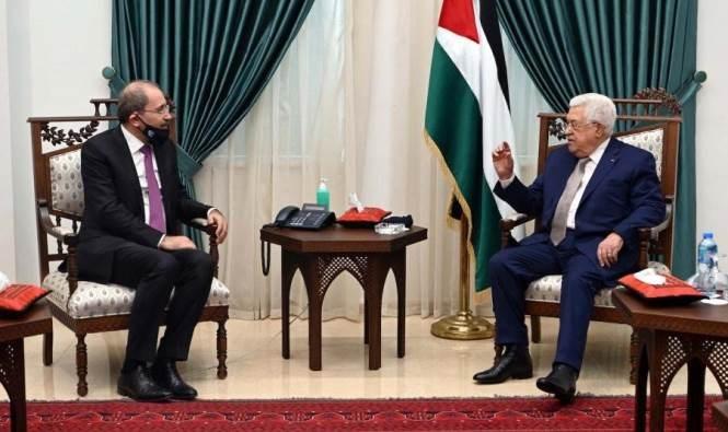 الصفدي يلتقي عباس: ضم الضفة كضم كل أراضي فلسطين