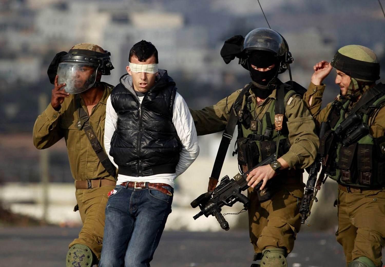 قوات الاحتلال مستمرة في اعتقالاتها التعسفية