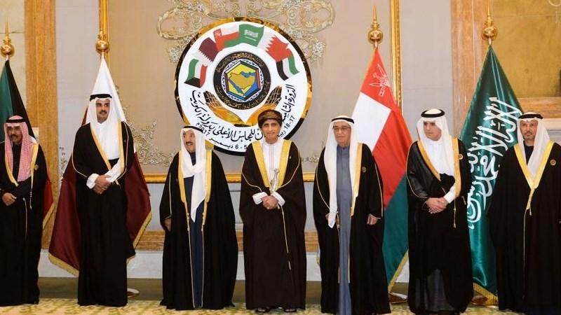معهد التمويل الدولي: دول الخليج تواجه أسوأ أزمة اقتصادية في تاريخها