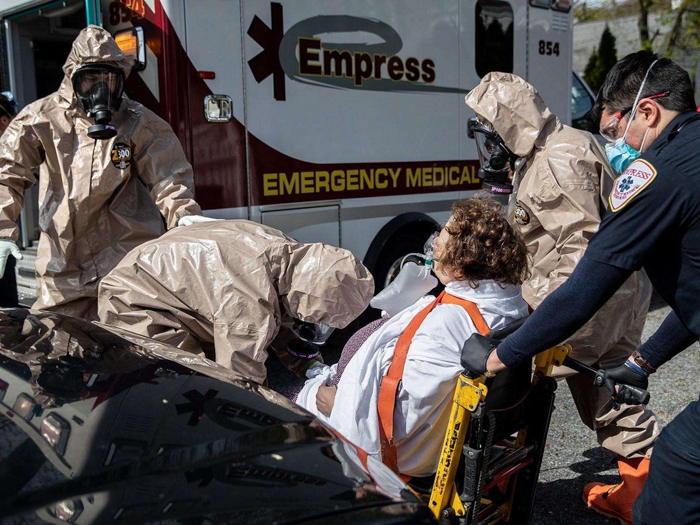 أميركا  سجلّت مساء الجمعة 705 وفيات إضافيّة ناجمة عن فيروس كورونا