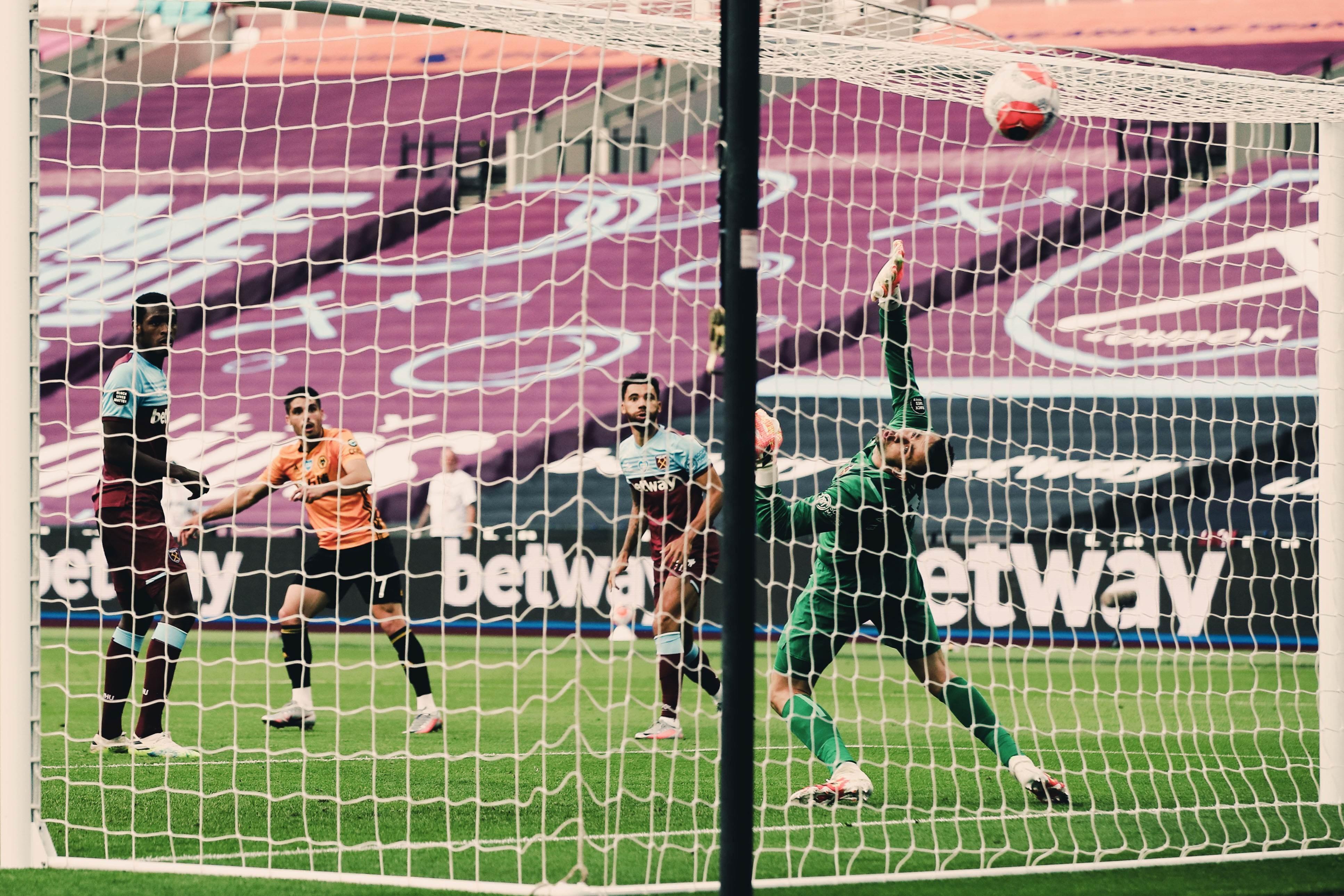 بيدرو نيتو سجل الهدف الثاني في المباراة (تويتر)