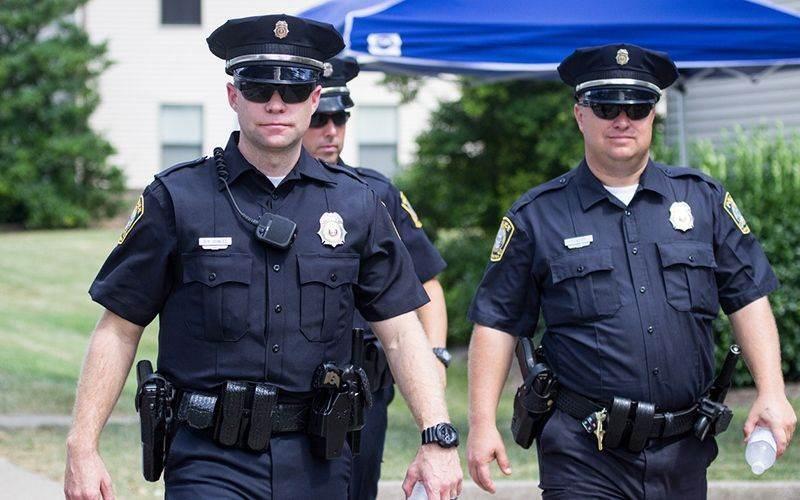 كشف مركز التحقيقات الاستقصائية في العام 2019 عن انضمام نحو 150 عنصر شرطة،