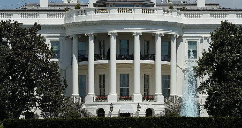 ترامب وماكرون يدعوان لوقف النار واستئناف المفاوضات في ليبيا