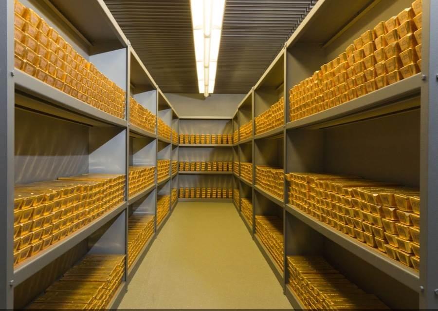 صورة من مخزن الذهب في البنك المركزي الألماني ي عام 2015، حيث تملك ألمانيا ثاني أكبر احتياطي ذهب في العالم بعد الولايات المتحدة